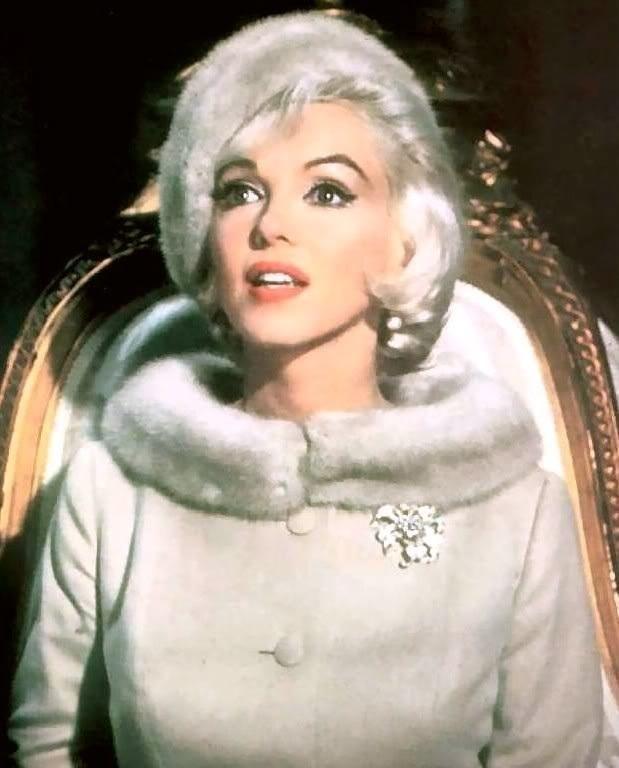 Marilyn-Monroe-marilyn-monroe-19979669-619-768