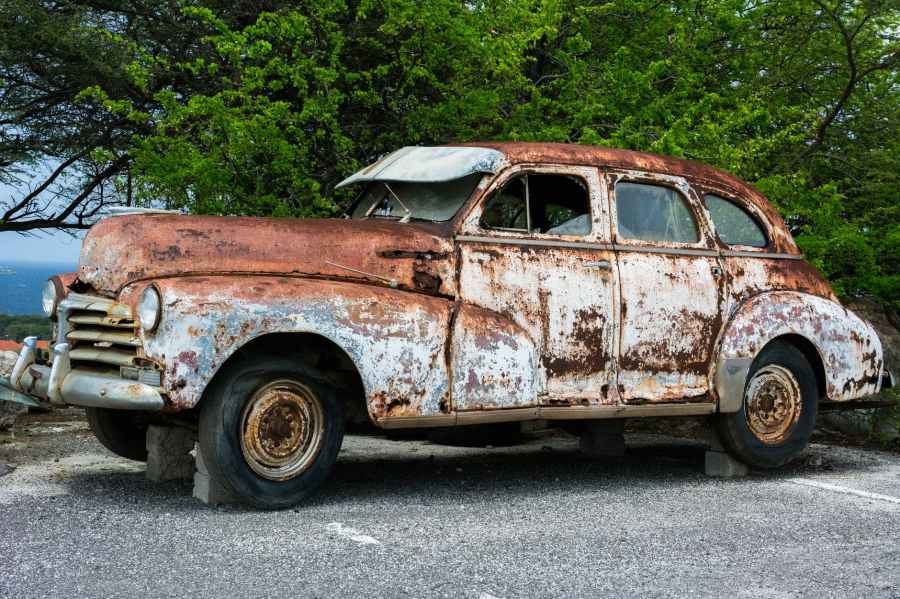 broken-car-vehicle-vintage.jpg
