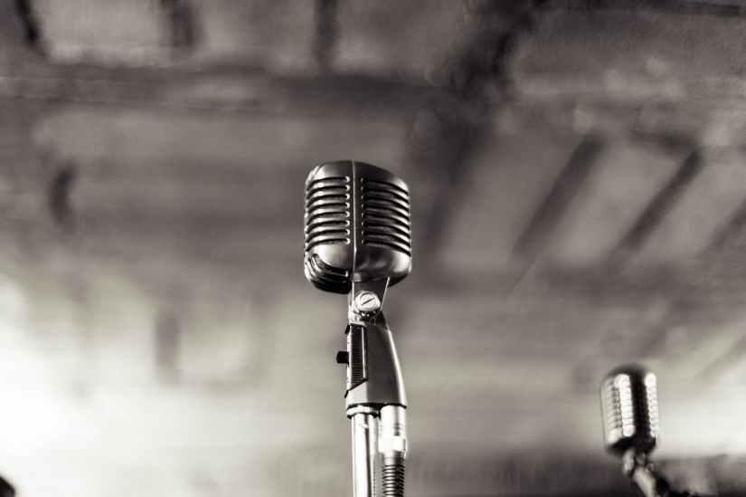 night-vintage-music-bokeh.jpg