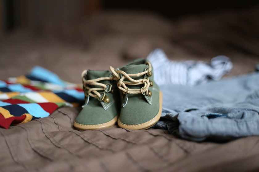 shoes-pregnancy-child-clothing-47220.jpeg